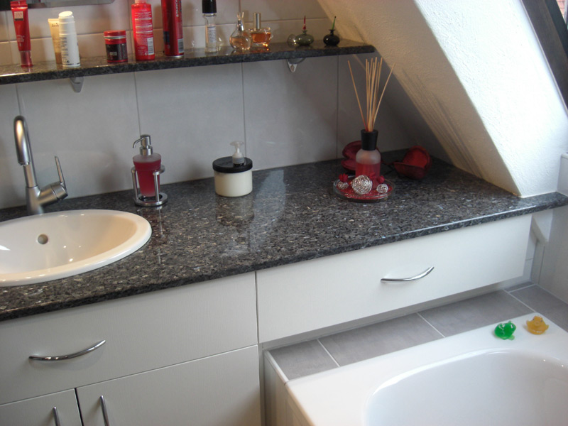 Badrenovierung Granit