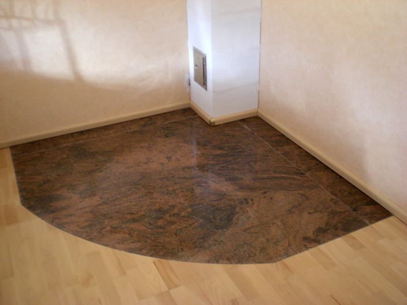 Granitbodenplatte Kamin